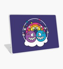 A Friendship to See! Laptop Skin