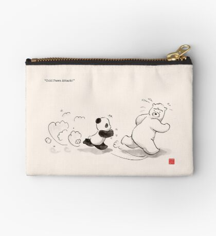 Cold Paws Attack Zipper Pouch
