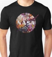 Das Weinlese-Blumen-Emblem der NASAs Slim Fit T-Shirt