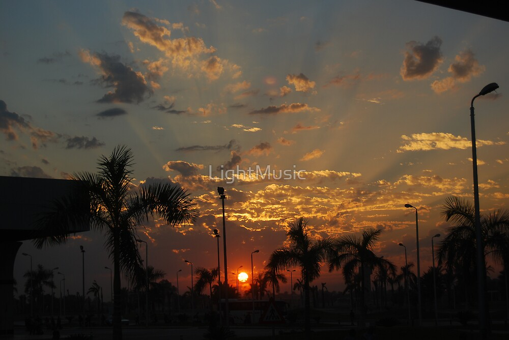 Sunset cloudscape by LightMusic