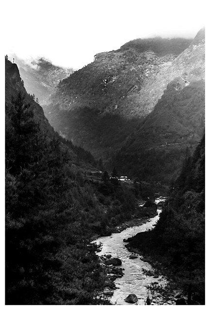 Khumbu Valley by skay2k