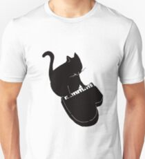 Funny Cat Playing Small Piano Keyboard Music Gift Unisex T-Shirt