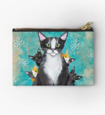 Mother's Day Portrait with Kittens Studio Pouch