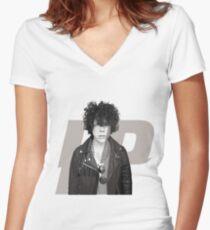 Camiseta entallada de cuello en V lp