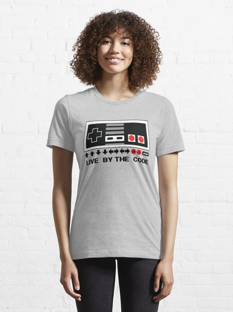 T-shirt essentiel ''Nintendo Konami - Live par le code (NES)': autre vue