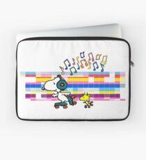 Snoopy , Woodstock, Peanuts , Retro Skate Laptop Sleeve