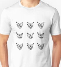 Black cat drawing on white background T-Shirt