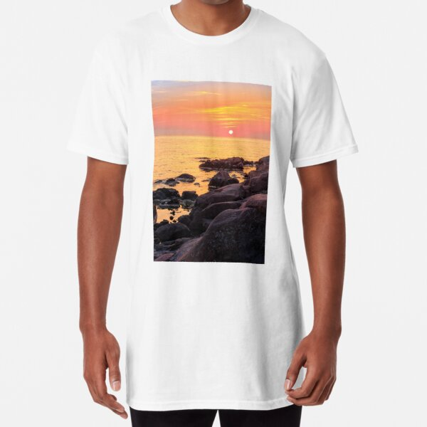 calm sunrise over the sea shore Long T-Shirt