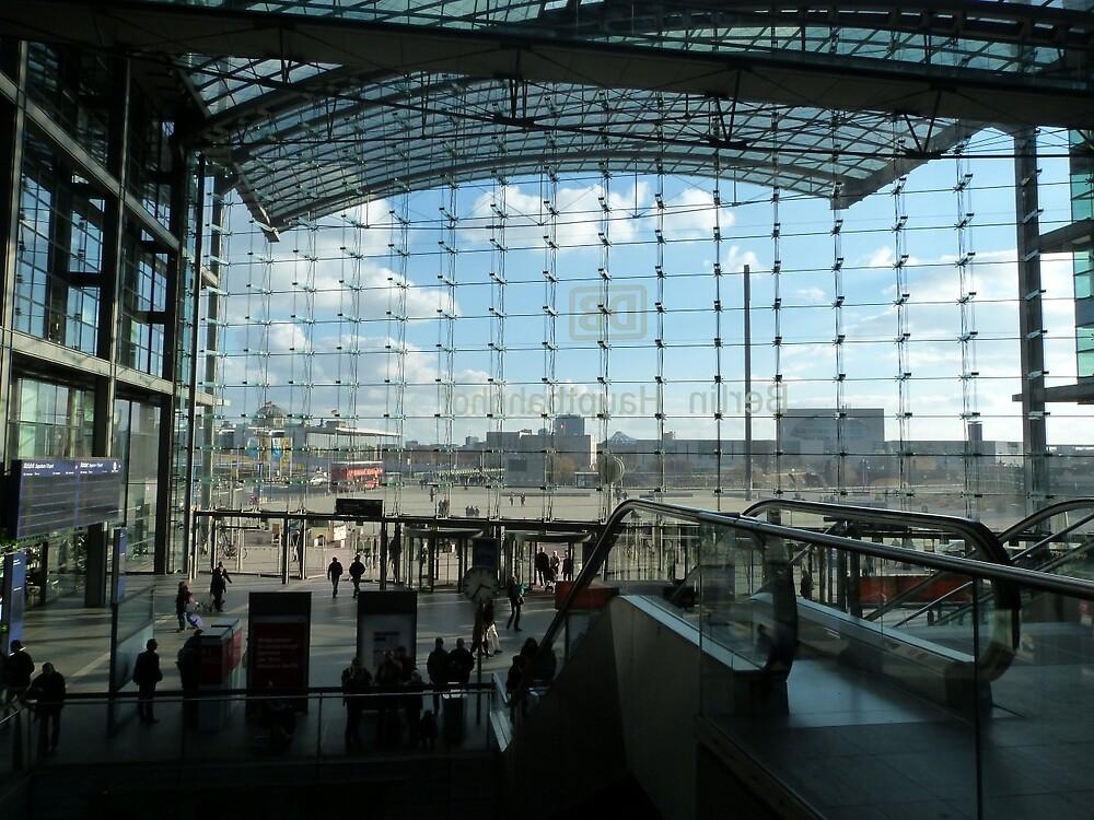 Hauptbahnhof by Lil-Senzel