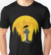 Crow on a cross in the moonlight Unisex T-Shirt