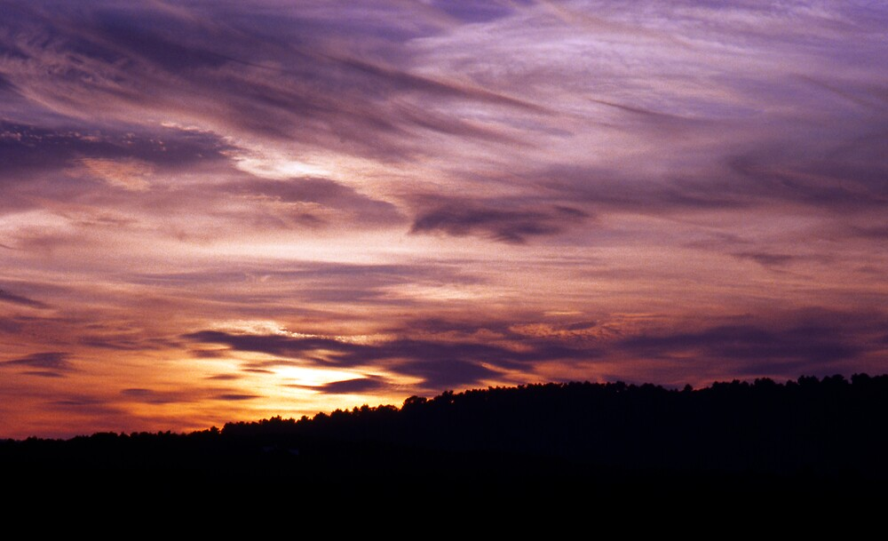 Sunset in the Highlands by andarna