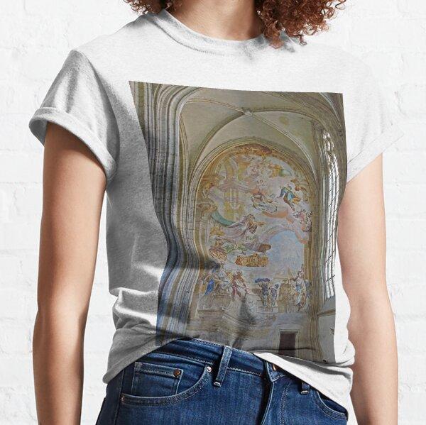 Mural, St Barbara's cathedral, Kutna Hora, Czech Republic Classic T-Shirt
