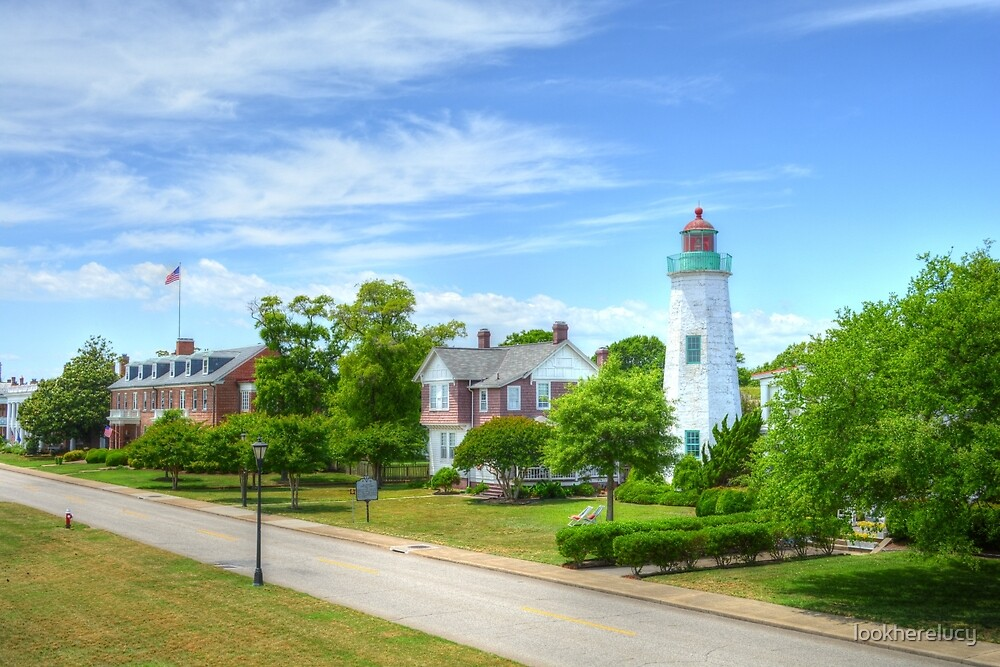 Old Point Comfort Lighthouse by lookherelucy