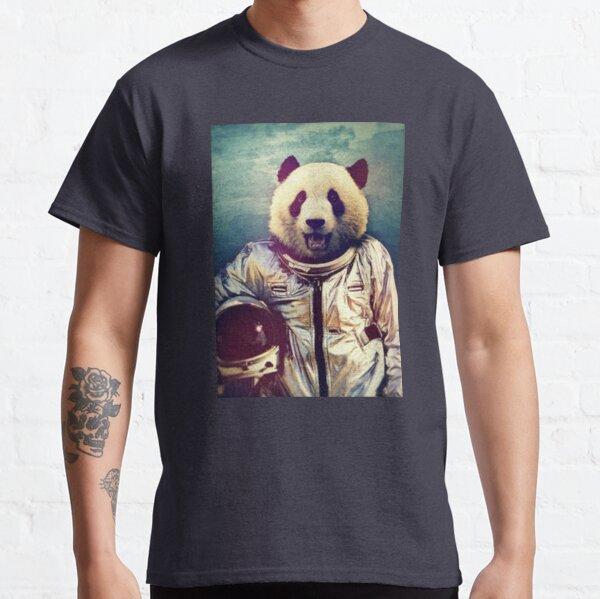 Panda astronaut poster Classic T-Shirt