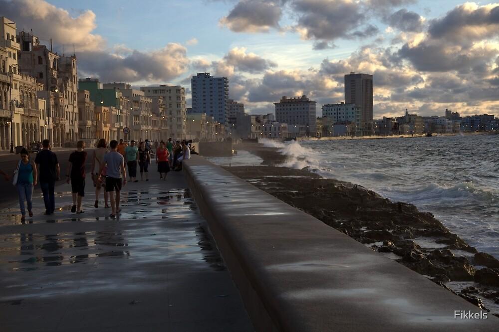 Malecon, Havana by Fikkels