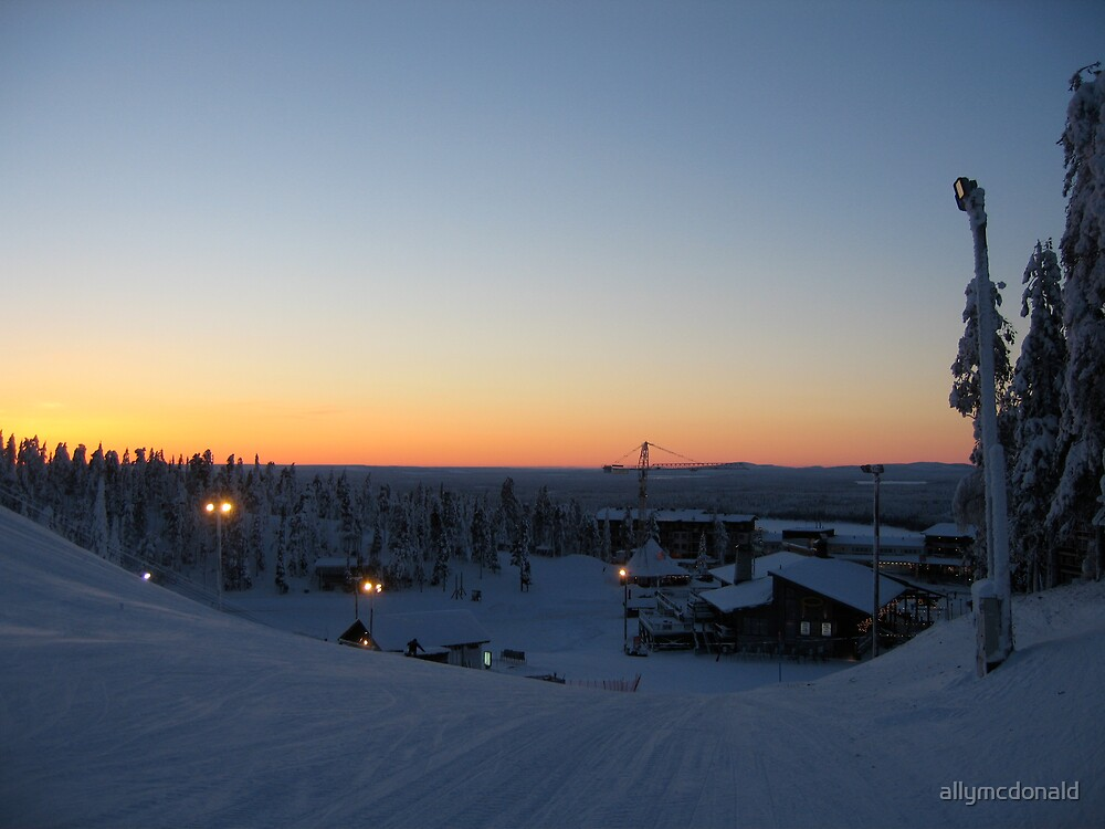 Dusk in Lapland by allymcdonald