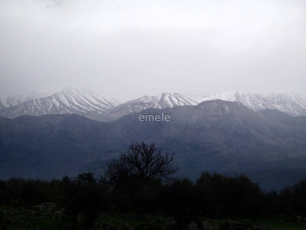 Winter in Crete  by emele