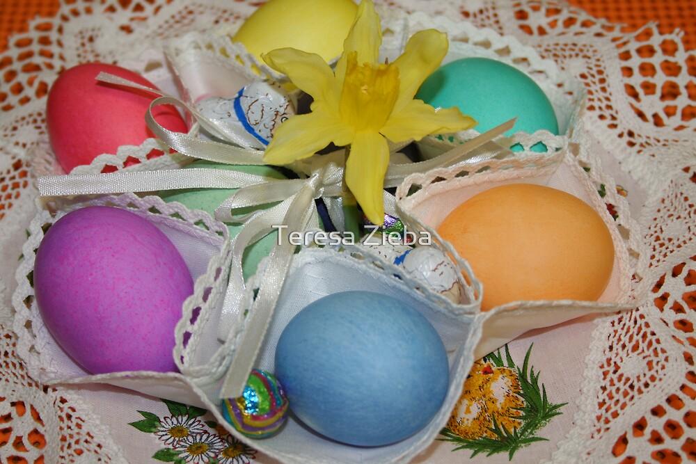 Happy Easter #2 by Teresa Zieba