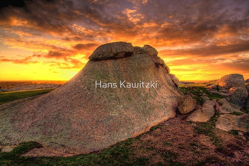 1352 Rock 4 by Hans Kawitzki