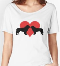 Newfoundland couple Women's Relaxed Fit T-Shirt