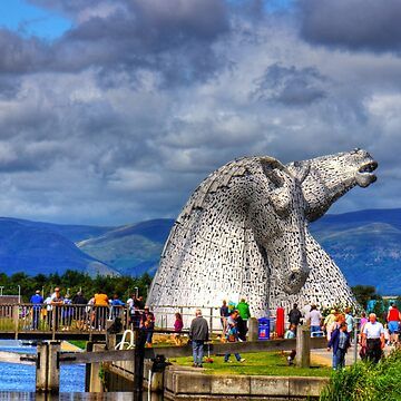 Crowds at the Kelpies by tomg
