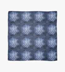 That snowflake Scarf
