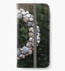 Seashell Wreath iPhone Wallet
