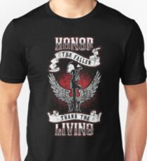 Honor the fallen! Patriotic! USA! Unisex T-Shirt