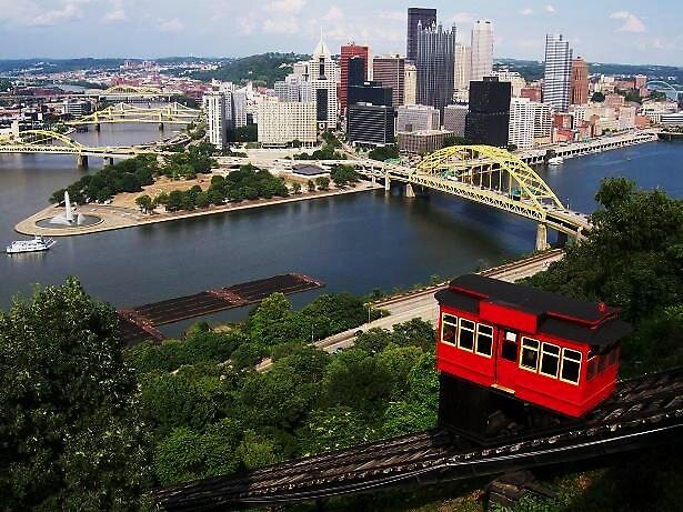 Pittsburgh Incline by LARAMIE