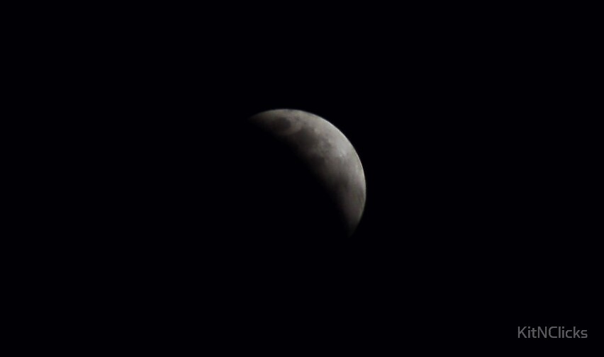 Lunar Eclipse by KitNClicks
