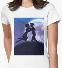 Couple silhouette in the night T-Shirt