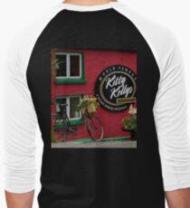 Kitty Kelly's restaurant, Donegal - wide Men's Baseball ¾ T-Shirt