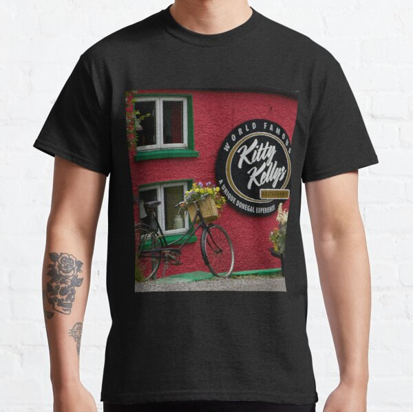Kitty Kelly's restaurant, Donegal - wide Classic T-Shirt