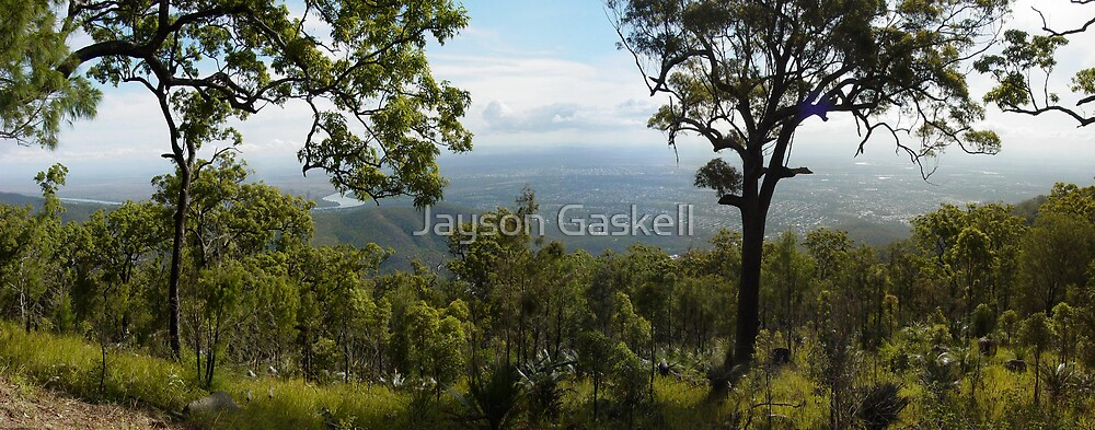 Rockhampton from Mt Archer by Jayson Gaskell