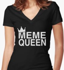 Meme Queen Women's Fitted V-Neck T-Shirt