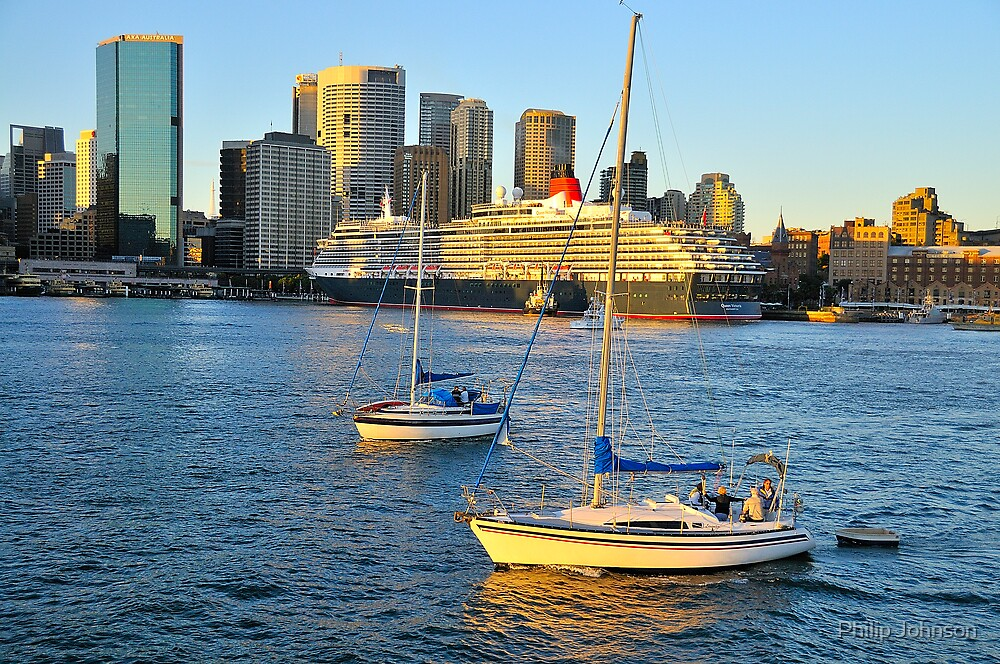 Catching the Dawn - Sydney Harbour & The Queen by Philip Johnson