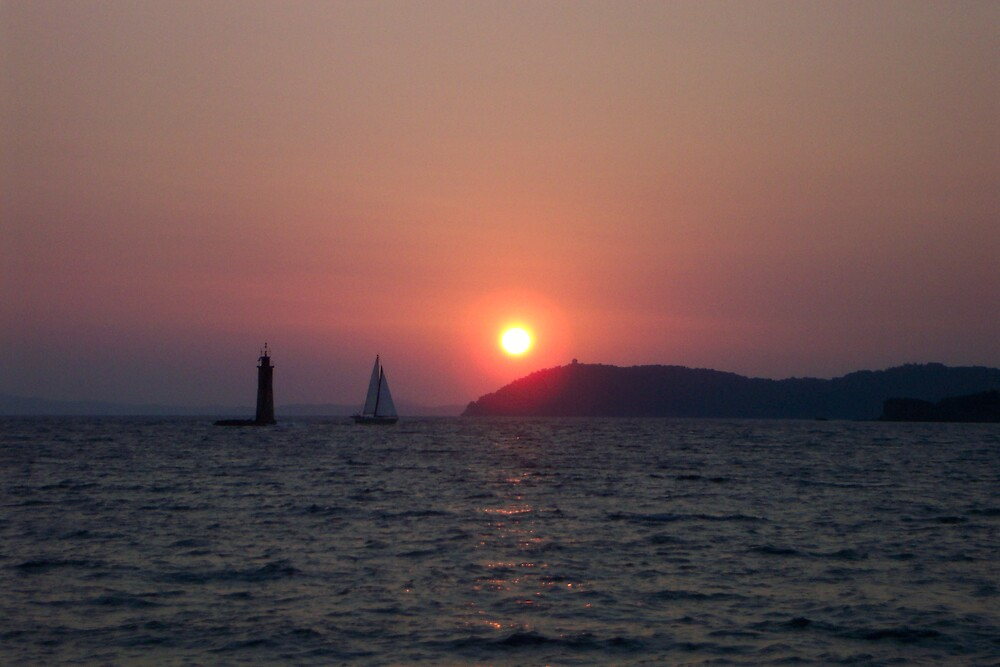 Sailing into the sunset by junebug06