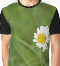 Bug daisy Graphic T-Shirt