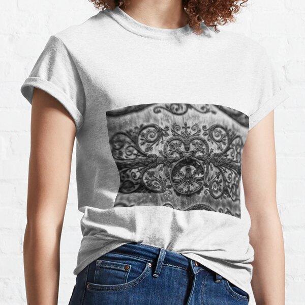 Step inside - ironwork Paris France Classic T-Shirt
