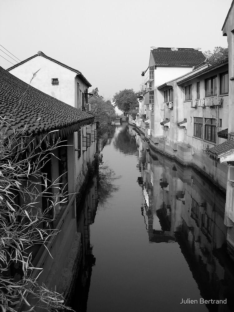 Suzhou Canal #2 by Julien Bertrand
