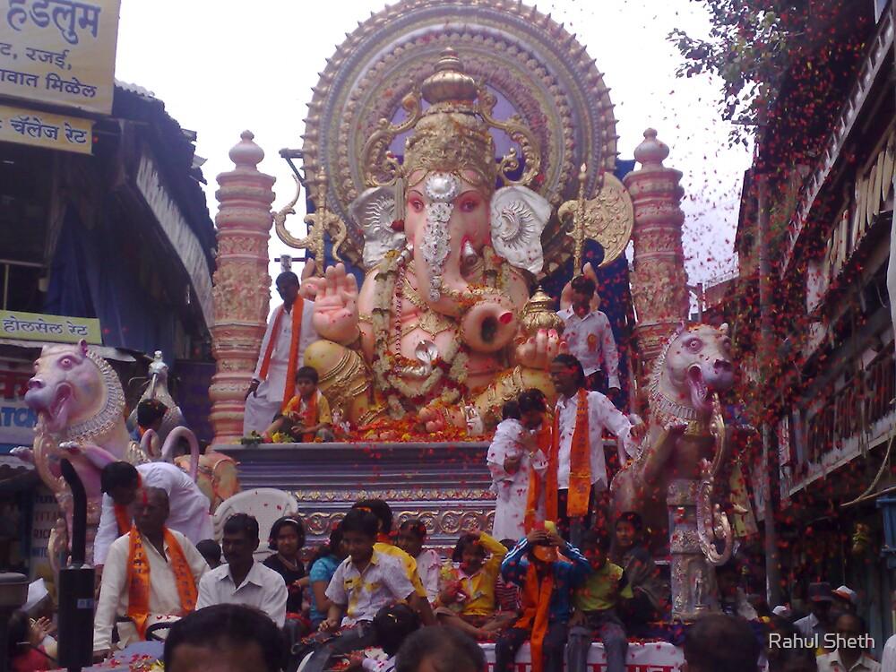 Immersion Procession of Lord Ganpati - Pune. by Rahul Sheth