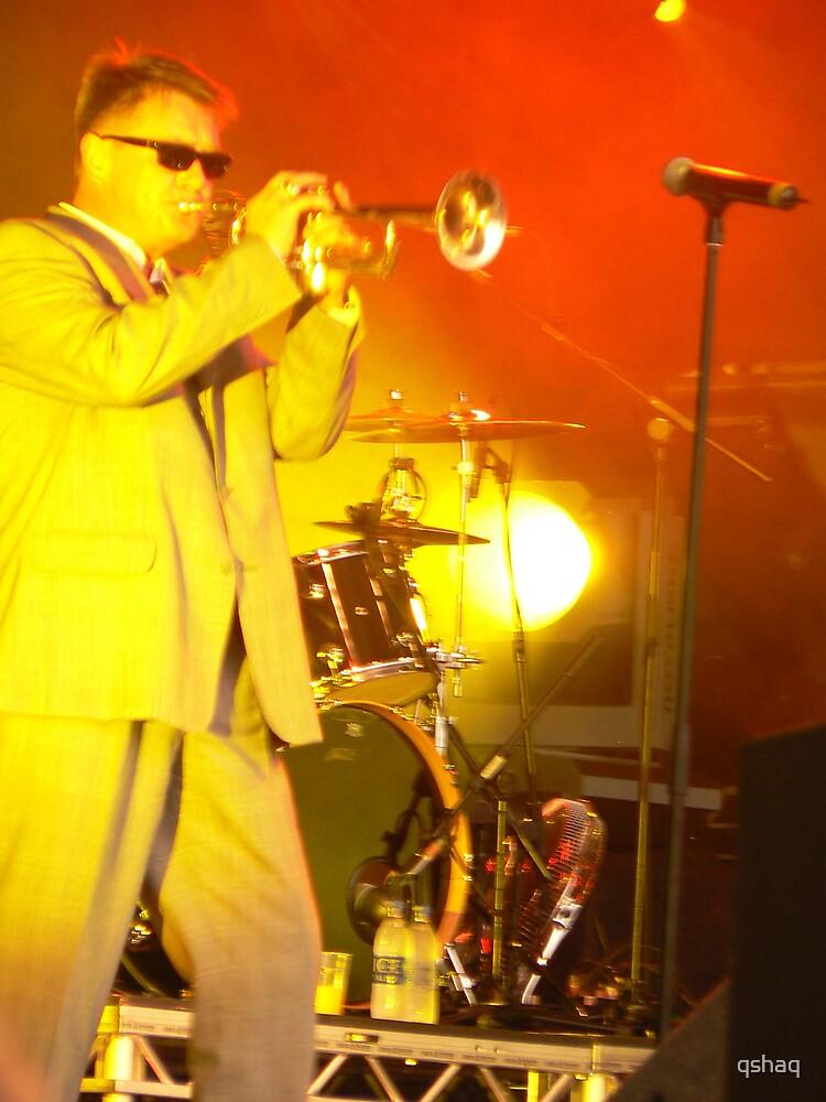 Chas Smash blows his Trumpet by qshaq