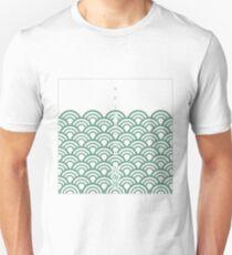 "Japanese classic pattern ""SEIGAIHA"" (Green) T-Shirt"
