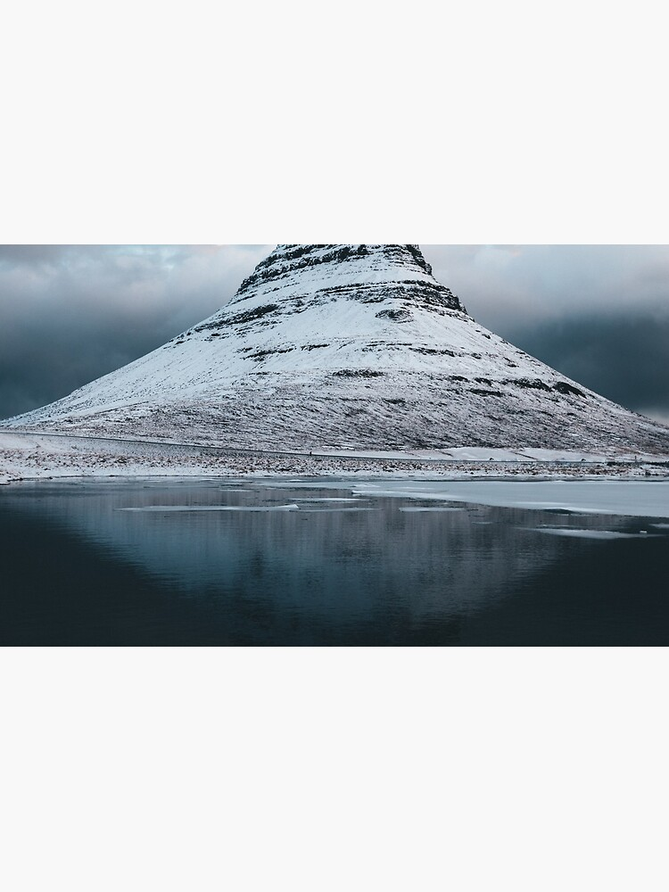 Moody Mountain in Island - Landschaftsfotografie von regnumsaturni