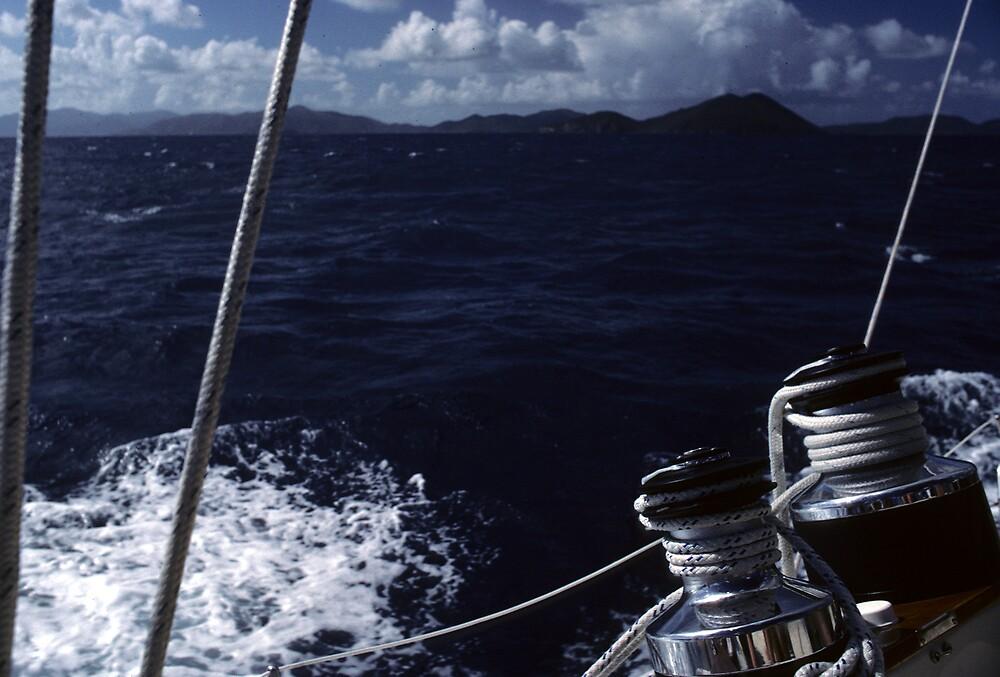 Heavy seas approaching by bertspix