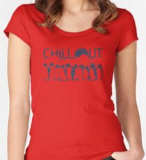 Penguin Chill Out Women's Fitted Scoop T-Shirt