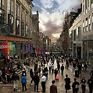 Buchanan street - Glasgow by Yannik Hay