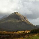 Marsco Peak - Red Hills - Isle of Skye by Yannik Hay