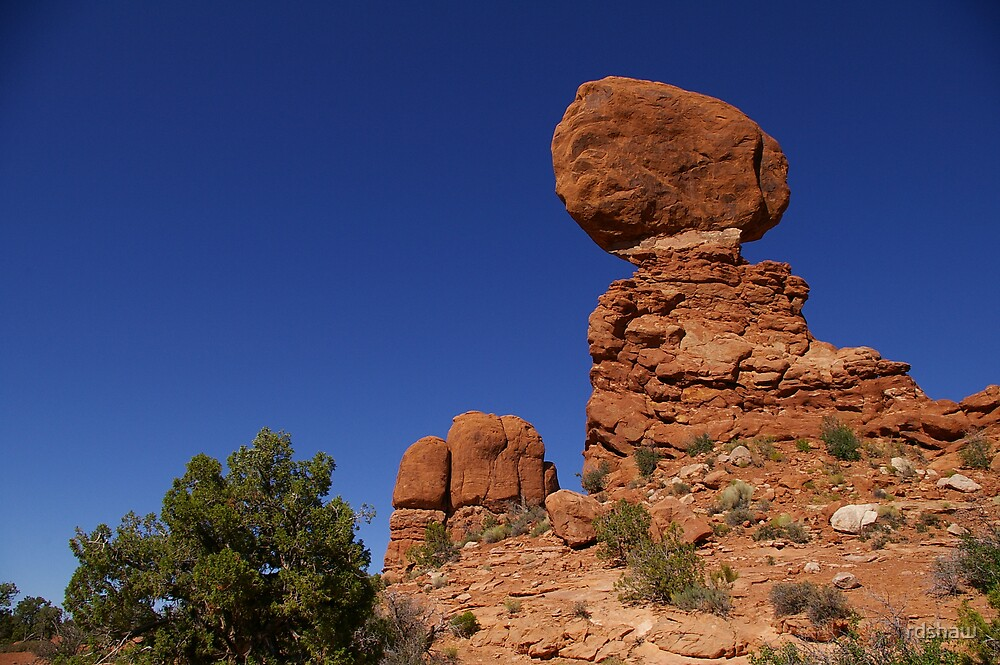 Balancing Rock by rdshaw