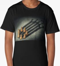 the pawns crown Long T-Shirt